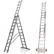 Алюминиевая трехсекционная лестница Алюмет 3х18 9318