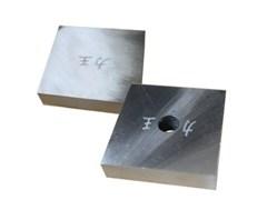 Нож для резчика арматуры Zitrek М14 83х83х16 с отверстием по центру 067-0095-03